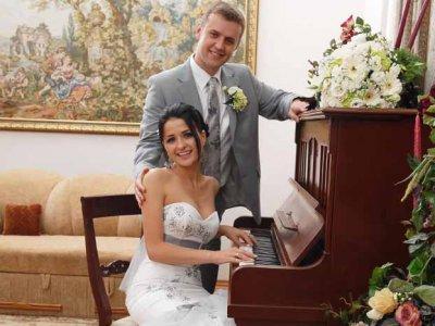 В Черновцах депутат женился на депутатке