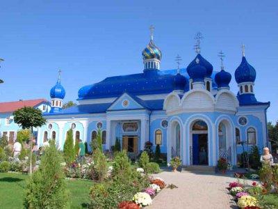 Буковина готовится к визиту Патриарха Кирилла (ФОТО)