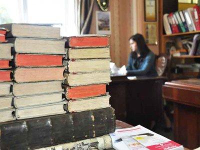 Книги Наполеона в библиотеке ЧНУ (ФОТО)