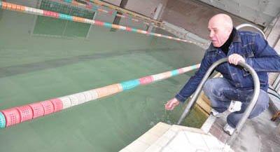 Бассейн школы № 27 в Черновцах без реконструкции не откроют