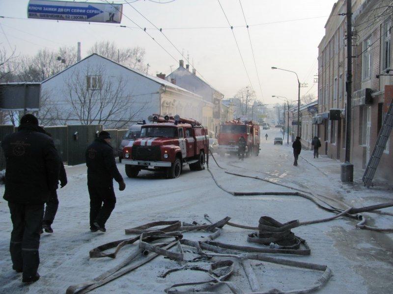 За інформацією пожежників вогонь