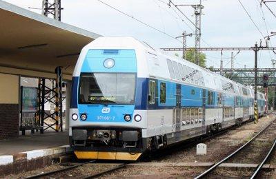 В Україні з'являться двоповерхові потяги