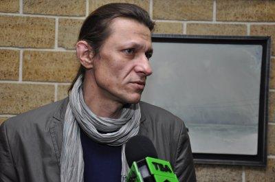 Художник Сергей Колесник открыл в Черновцах выставку картин