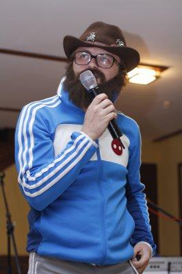 На концерт в Черновцы певец Дзидзьо приехал на черном Кадиллаке