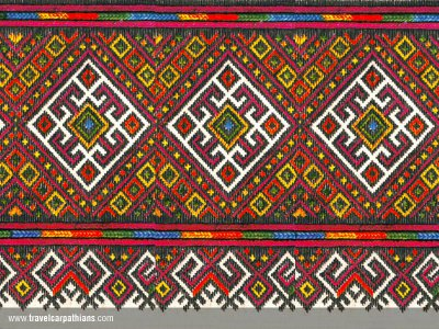 В Черновцах покажут триста оригинальных вышивок