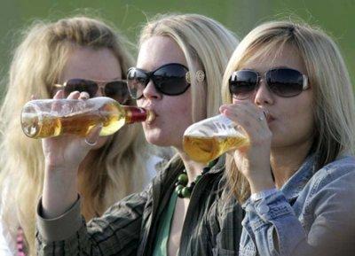 40% учащихся в Украине за последний год хотя бы раз напивались