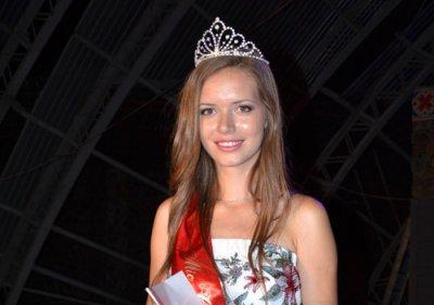Красивая студентка Украины учится в Черновцах