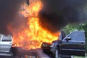 В Черновцах - серия пожаров автомобилей