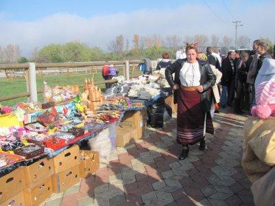 На буковинской ярмарке больше всего раскупали яйца и фиточаи