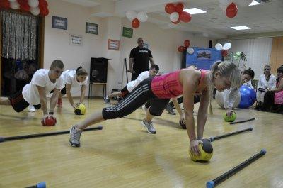 В Черновцах состоялся молодежный фестиваль фитнеса