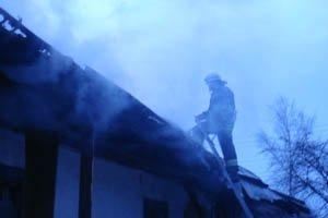 На Буковине горела квартира на третьем этаже
