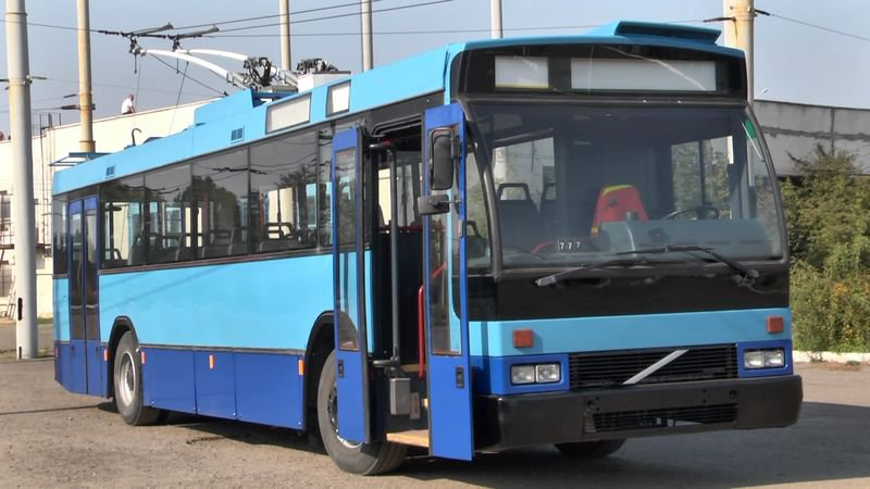 Івано-Франківськ придбав два вживані тролейбуси