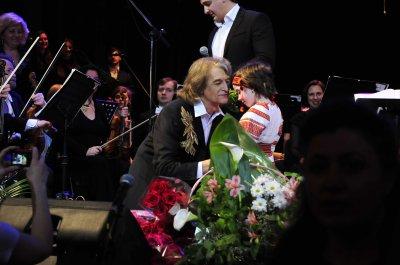 Павел Дворский пел с симфоническим оркестром