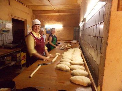 Черновицкие пекари готовятся к Пасхе