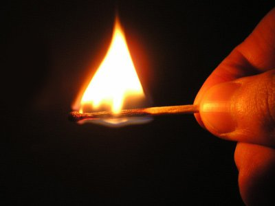 На Буковине мужчина после ссоры с женой поджег дом своей тещи