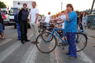 На Буковине продолжается перекрытие дорог