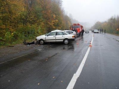 На Буковине водитель выехал на встречную полосу и совершил ДТП : погиб человек ( ФОТО )