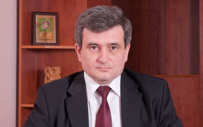 Rector Boychuk late into pairs via transport and economist Kyrpushko prosypav their