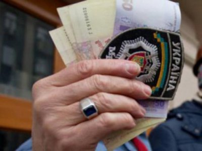 In Bukovina judge policeman who took a bribe from a sample of gravel
