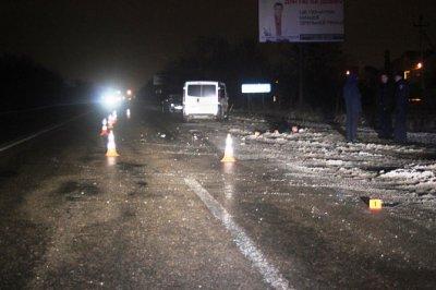 На Буковине & quot ; Опель & quot ;  насмерть сбил 51- летнего пешехода , еще в одной ДТП водитель скрылся