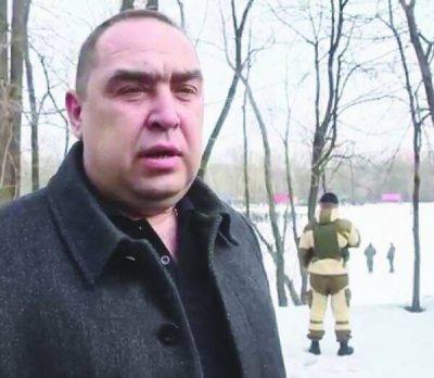 Батьки Плотницького втекли з Буковини