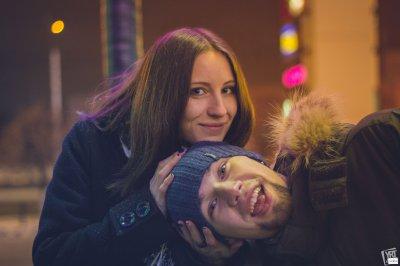 Спільне фото в соціальних мережах покращує стосунки закоханих