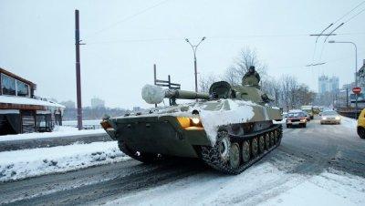 """У """"ДНР"""" заявили, що відводити техніку розпочнуть лише 24 лютого"""