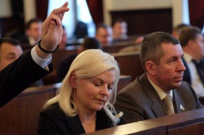 Депутат Гаєвська хоче повернути зірку Ані Лорак на Алею зірок у Чернівцях