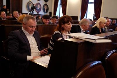 Чернівецькі депутати продовжать сесію у п'ятницю
