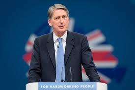 Глава англійського МЗС заявив, що необхідно готувати нові санкції проти Росії