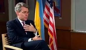 Посол США: Обама ще не ухвалив остаточного рішення щодо зброї для України