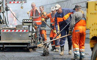 Служба автодоріг на Буковині почала ямковий ремонт на трасах