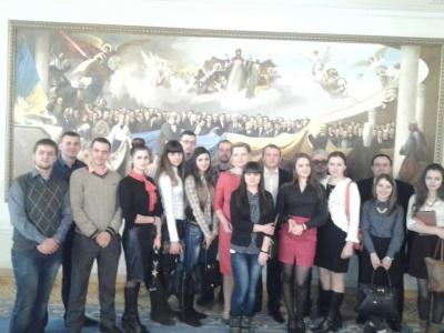 Оксана Продан показала Верховну Раду студентам з Чернівців