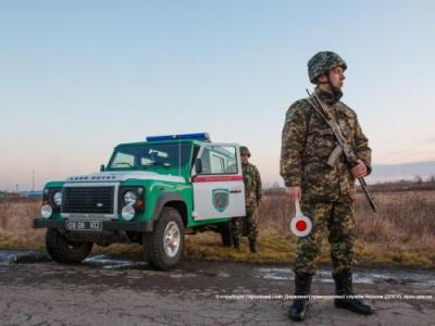 На Буковині затримали трьох шрі-ланкійців без документів