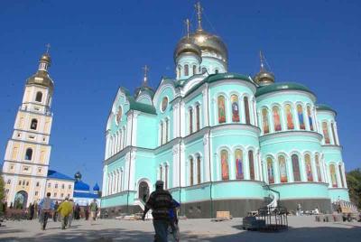 На Буковині зменшився попит на паломницькі тури в монастирі УПЦ