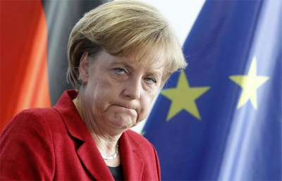 Меркель виступила за збереження санкцій щодо Росії