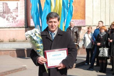 """Чернівецькі гімназисти продекламували """"Заповіт"""" шістьма мовами"""