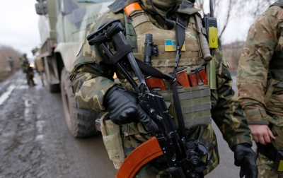 За минулу добу у зоні АТО поранено 4 українських військових