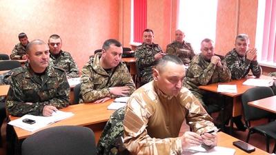Начальників райвідділів міліції Буковини відправили на навчання (ФОТО)