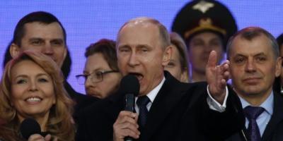 """Путін у річницю анексії Криму, пообіцяв """"допомогти"""" Україні"""
