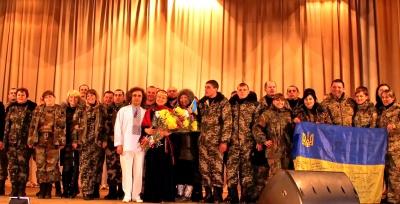 «На Луганщині люди стоячи заспівали «Червону руту», - дует «Писанка» про гастролі на Сході (ФОТО)
