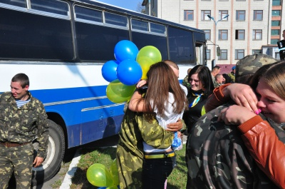 До Чернівців із зони АТО повертається понад 200 демобілізованих