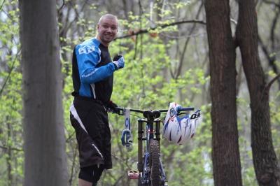 Чернівецький хірург спускався на велосипеді з гори Ай-Петрі (ФОТО)
