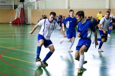 Призерів чемпіонату Буковини з міні-футболу визначили пенальті
