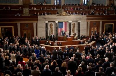 Конгресс США призвал Обаму предоставить Украине оружие