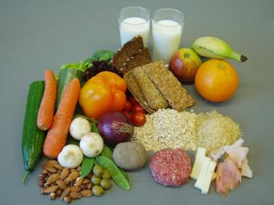 Зменшення калорій у раціоні дозволяє довше залишатися молодими