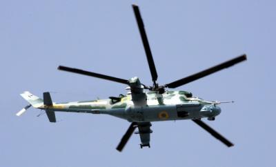 На Київщині впав військовий гелікоптер. Одна людина загинула