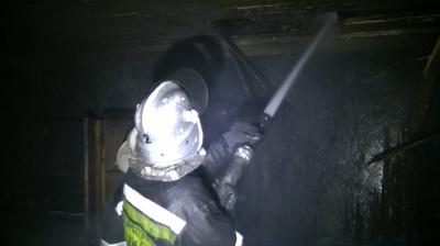 Рятувальники зняли відео пожежі в Чернівцях, в якій загинули люди (ВІДЕО)