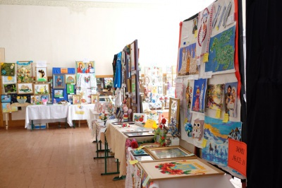 Школярі в Чернівцях створили виставку з майже тисячі експонатів (ФОТО)