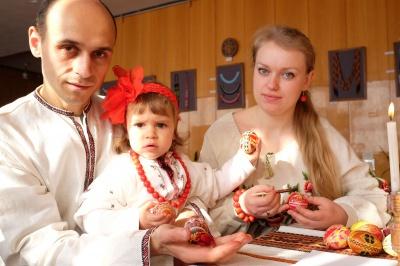 У Чернівцях вчили писати писанки (ФОТО)